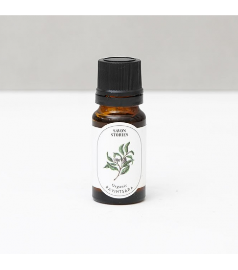 """RAVINTSARA"" organic essential oil: Savon Stories"